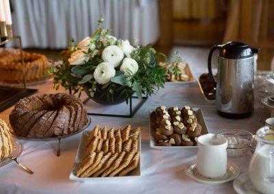 pitopalvelu, juhlapalvelu, kakut, juhliin, suolaiset, makeat, emäntä, emännöinti, ateriat